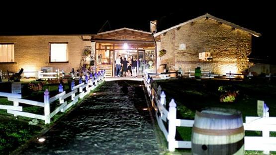 Matrimonio Country Chic Torino : Matrimonio a country chic resort il borgo ariccia