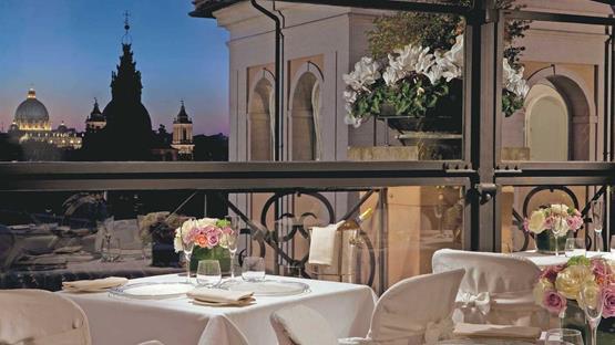 Matrimonio A Grand Hotel De La Minerve Roma