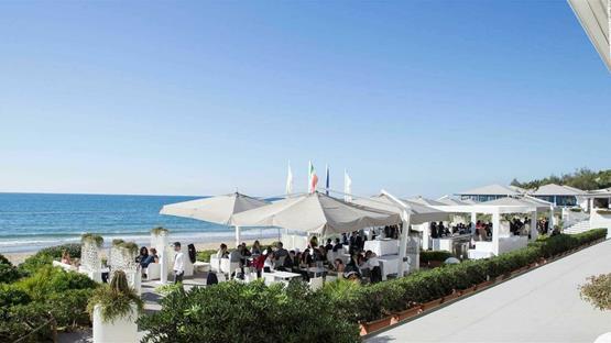 Matrimonio Spiaggia Sabaudia : Matrimonio a hotel residence oasi di kufra sabaudia